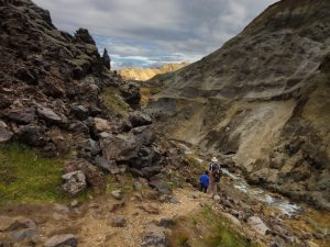 Hiking back down the valley with vibrant mineral colours